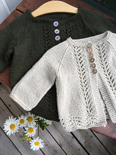 Knitted cardigan for children, with pretty lace features