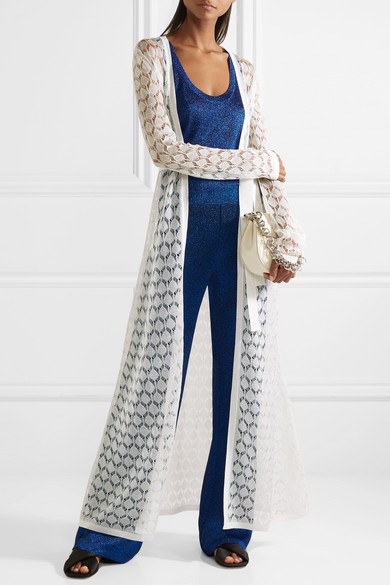 Long white cardigan with all-over lace design. By Missoni, SS2018