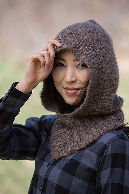 Chunky knit hood by Vanessa Ewing.